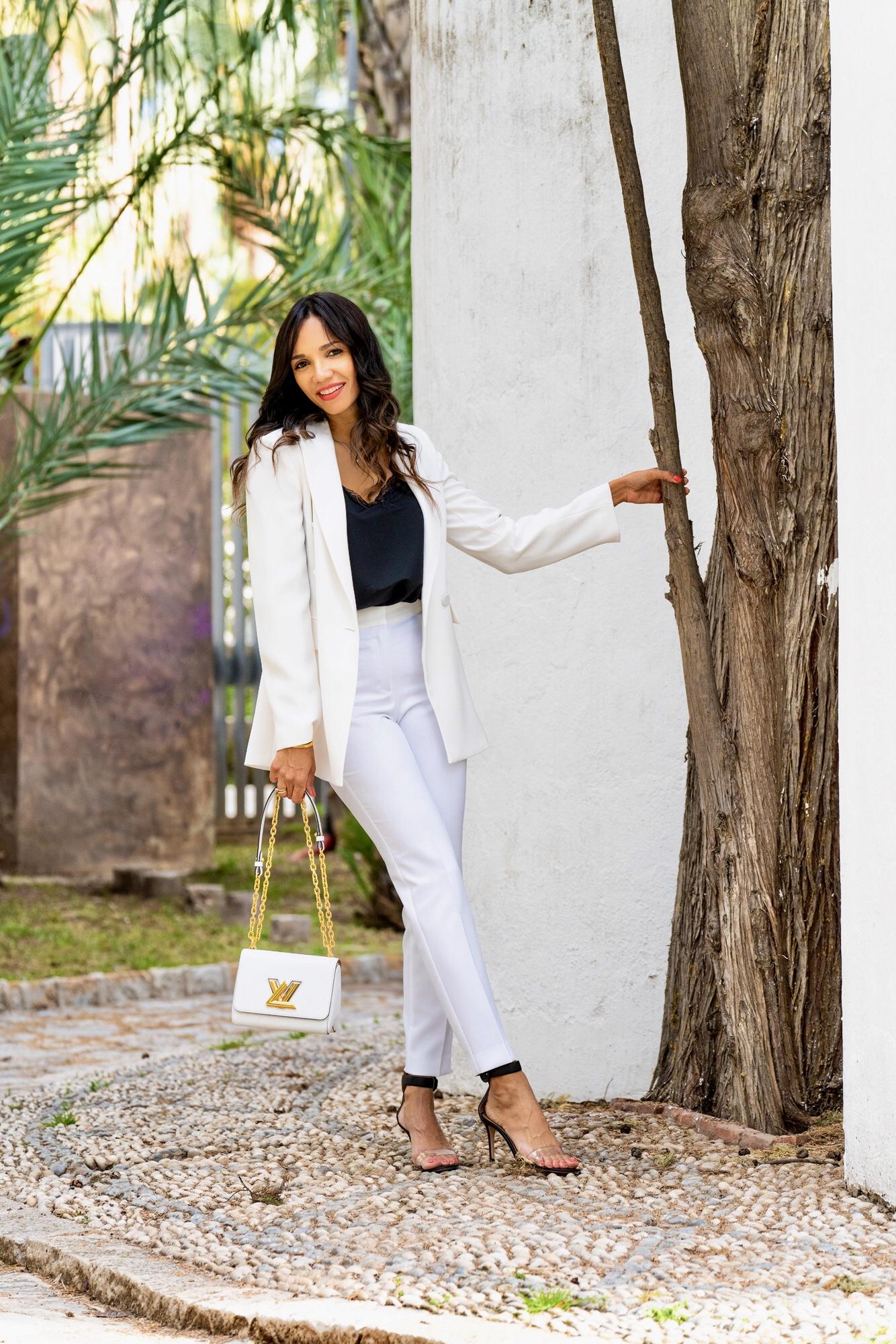 Carolina de Souza personal shopper